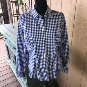 "J. Crew ""The Perfect Shirt"".  Size 8"